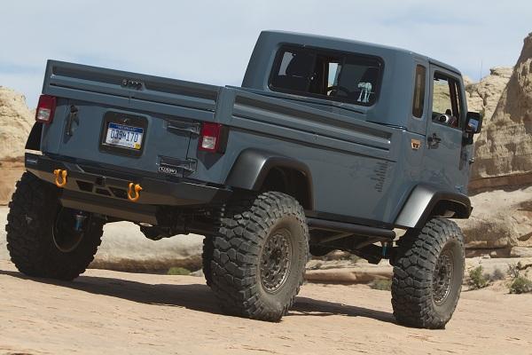 Jeep FC (rear)