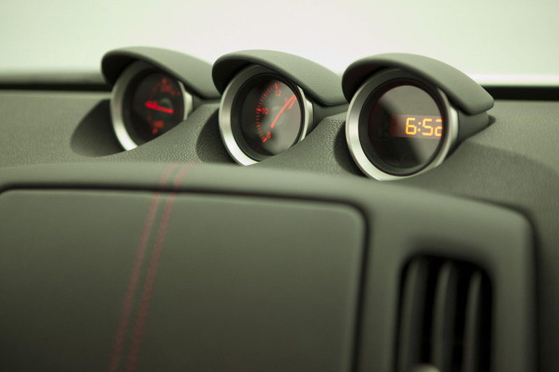 instrument cluster of 370z nismo